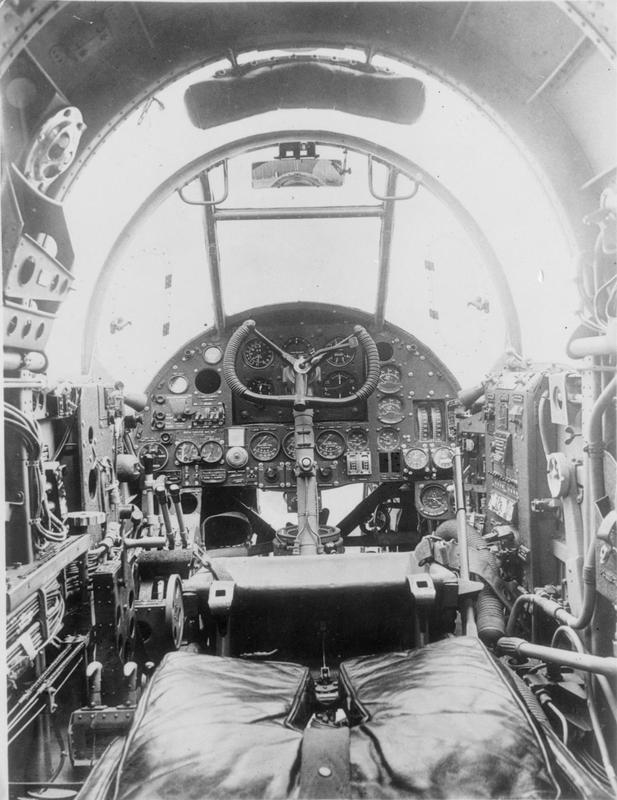 AIRCRAFT OF THE ROYAL AIR FORCE 1939-1945: HANDLEY PAGE HAMPDEN.