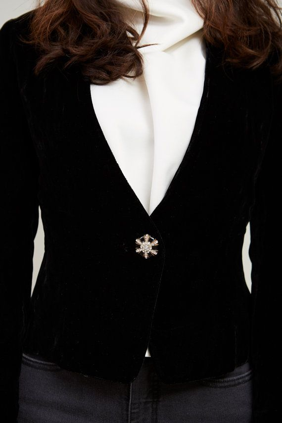1990s Adrianne Black Velvet Blazer Jacket S / M GR17