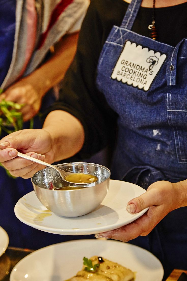 Grandma's Cooking Barcelona offers hands-on cooking classes in Barcelona based on tradition.  Try a unique hands-on cooking experience based on tradition in Barcelona. The classes are hosted by Grandmas that are willing to share their culinary secrets with you while cooking traditional Spanish and Catalan dishes.  Cooking class in Barcelona / Traditional cooking in Barcelona / Food experience in Barcelona / Things to do in Barcelona / Barcelona for food lovers / Traditional Catalan cooking