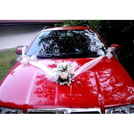 """Svatební auto - """"Bílé a krémové růže """""""
