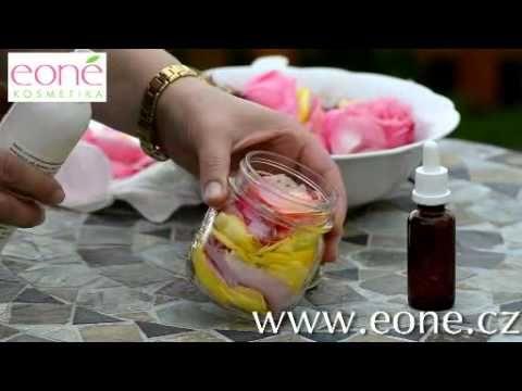 Jak vyrobit domácí růžový olej