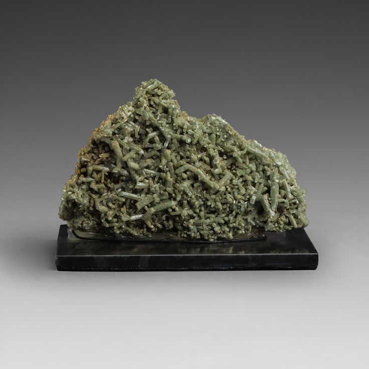 Brush liberally chloritized quartz. Mineral`s collection.