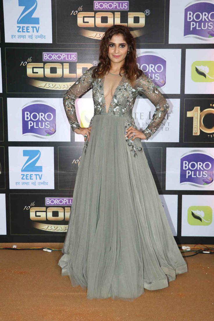 bollywoodmirchitadka: Rubina Dilaik and Aarti Singh at 10th Zee Gold Awa...