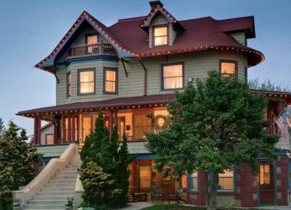 Candlelight Inn - A Seashore Bed & Breakfast in North Wildwood, NJ