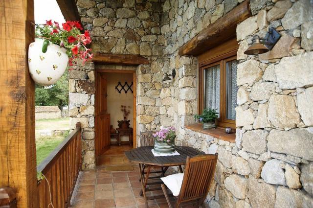 Constru mos caba as r sticas y casa de campo de en for Fachadas rusticas de piedra y ladrillo