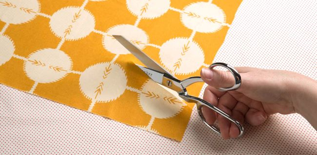 20 Sewing Blogs You Need to Follow