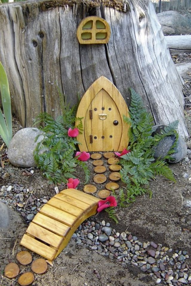 Fairy house step stones out of wood discs