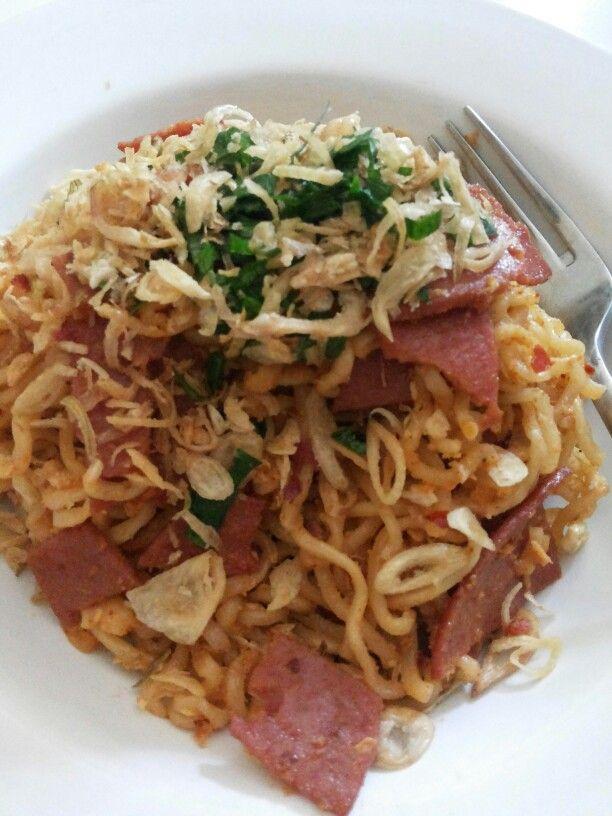 Home made fried noodle