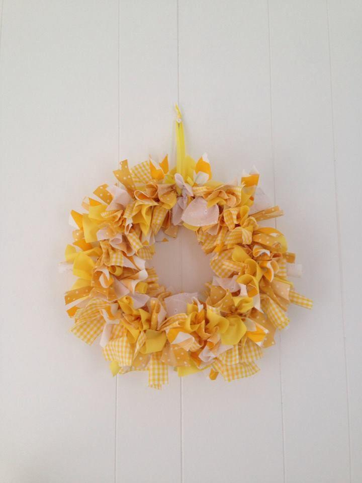 Yellow Wreath  #buntingtree #wreath #yellow #homedecor #decor