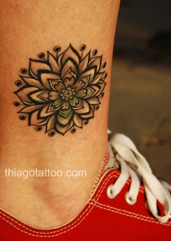 #Thiaguera tattoo mandala alice; I don't know what that means but it's pretty http://tattoo-ideas.us