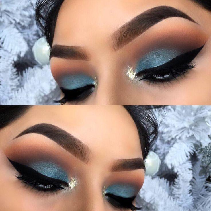 Blue eyeshadow makeup Eyebrows