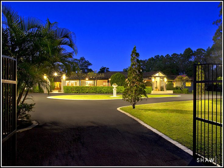 Basic gate and round entry. Neutral colours. 1328 Mount Cotton Road, Burbank, Qld 4156