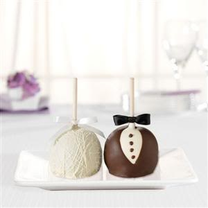 Bonbonniere ~ bride and groom wedding cake pops