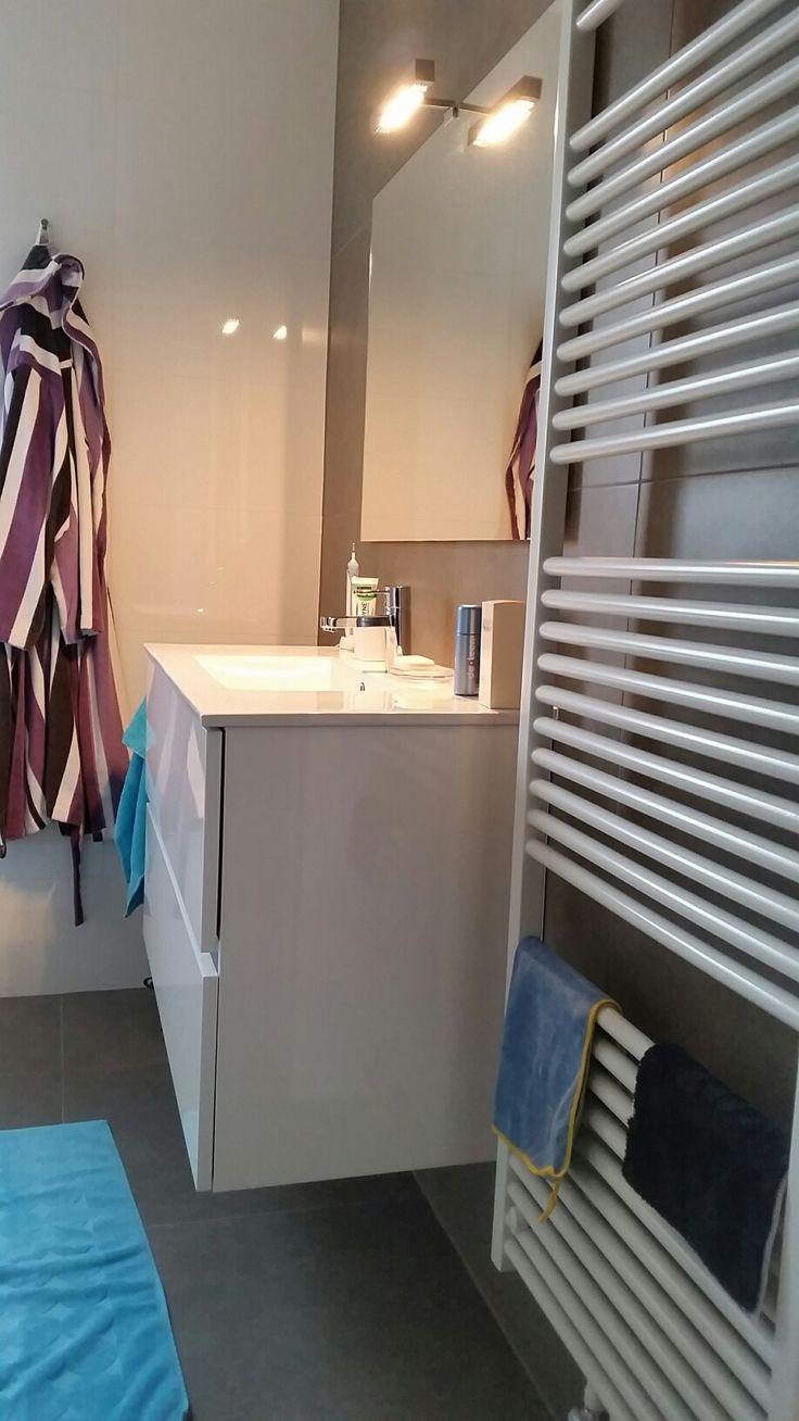 Meer dan 1000 ideeën over bruine badkamer op pinterest   blauw ...