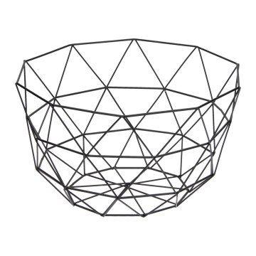 Zwarte metalen draadschaal. Deze schaal met Scandinavische look is leuk te gebruiken als fruitschaal of om een pot met een mooie cactus in te zetten.