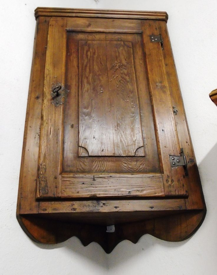 Pensile ad angolo - prov. Val Comelico | Antichità Evelina - Vendita mobili antichi tirolesi