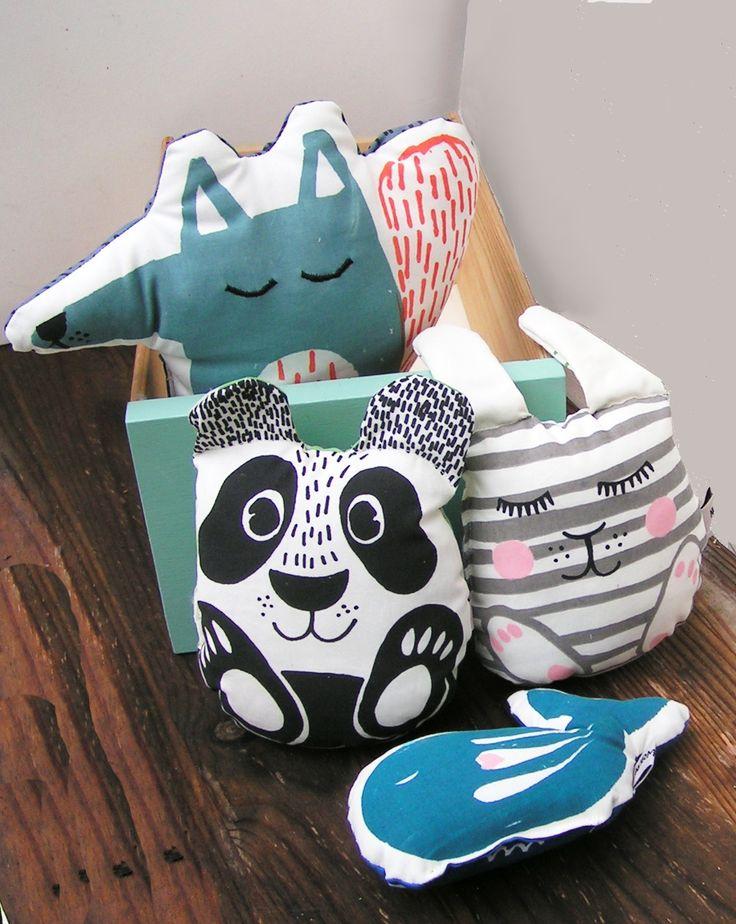New nursery friend baby rattle - Fred panda #panda #nurserydecor #babygifts #babyrattles #silkscreendesign #silketryk #rangler #babygave #danskdesign #danishdesigner