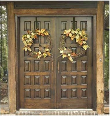 Beautiful Fall themed decorations with Turkeys!Thanksgiving Wreaths, The Doors, Decor Ideas, Entry Doors, Fall Decor, Doors Decor, Fall Doors, Wreaths For Double Doors, Fall Wreaths