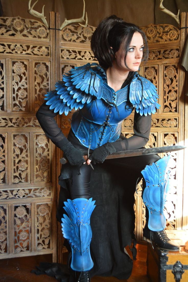 Bluejay Armor, full set by SavagePunkStudio.deviantart.com on @deviantART  ~~YOO that feathered armour is soo nice :o