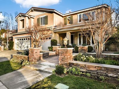 For sale: $665,000. Welcome home to the private, gate guarded community of Greer Ranch centrally located atop the Murrieta foothills between the 15 & 215 freeways.This magnificent 2-story home has been meticulously maintained and sits on a premium cul-de-sac lot, near the 2nd gate entrance. Intelligent layout features a downstairs guest suite including walk-in closet. Main level boasts an ample free flowing space consisting of the kitchen-breakfast nook-family area. Double door entrance ...