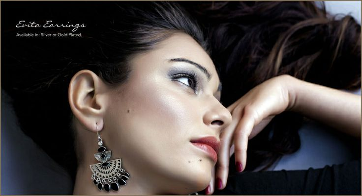 Silver earrings in Onyx - Tigani Lux