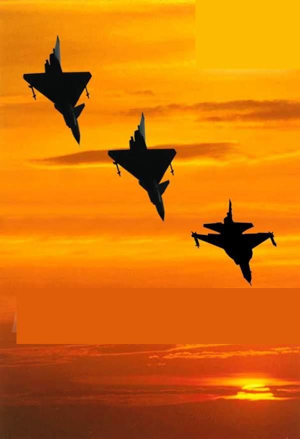 Pakistan Air Force - Three PAF Falcons                                                                                                                                                      Mais