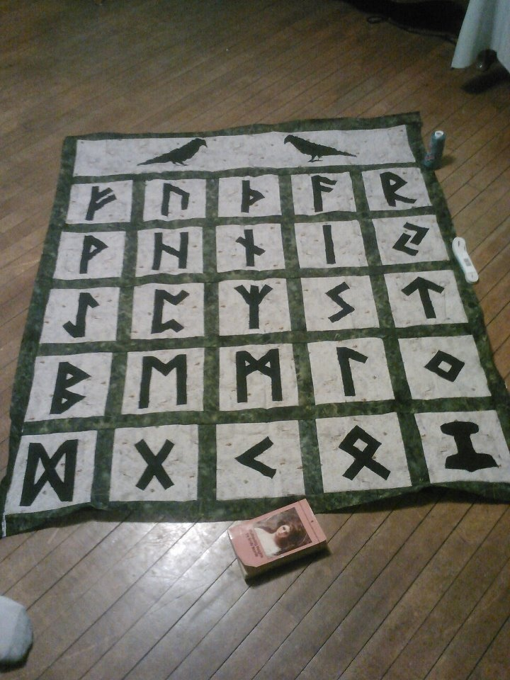 My Rune Quilt!  Odin's Ravens are at the top!--- Wish I knew how to quilt I would so make this.