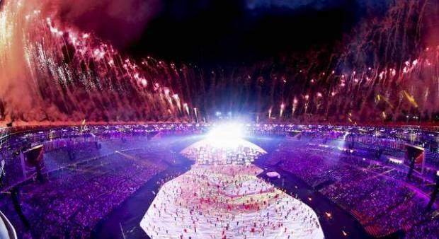 Kemeriahan Upacara Pembukaan Olimpiade Rio 2016 di Stadion Maracana