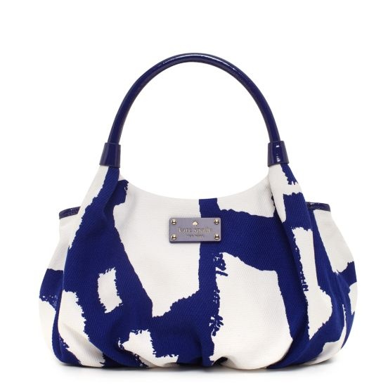 kate spade | art noir small karen  This would look adorable with my new red shoes...