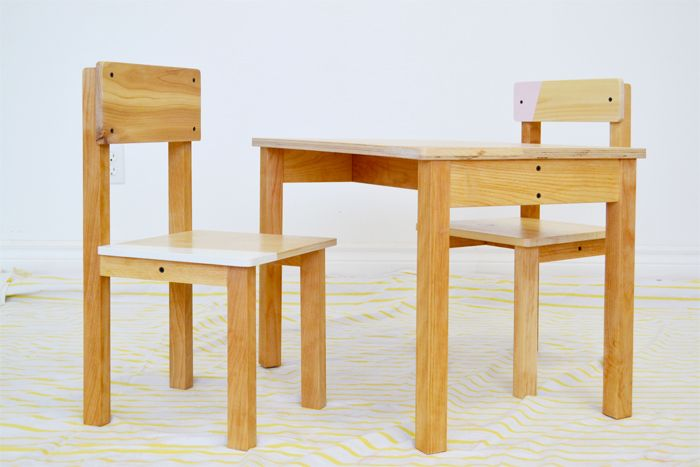 Best 25 table et chaise enfant ideas on pinterest table et chaises enfants - Ensemble table ronde et chaises ...