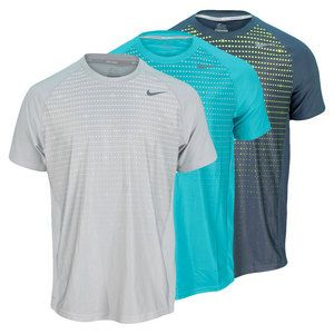 The Nike Men's Advantage UV Graphic Tennis Crew     features a cool sublimated graphic print for a modern and unique  look    on the court. Dri-FIT stretch jersey with Dri-FIT mesh side  panels  and  raglan sleeves allow for enhanced mobility and performance  by  wicking  away moisture while protecting from harmful UV rays. The   curved hem  with dropped tail provides an ergonomic fit. Contrast Nike   Swoosh  trademark at front right hem adds detail to complete the look.Technical Benefits…
