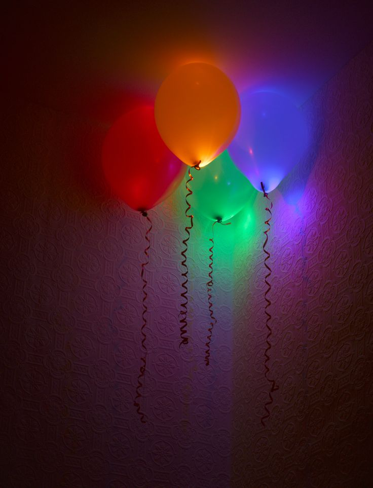 "Balloon Decor ~ 15 Creative Ways to Use Balloons... awesome!~ love the one ""Approach things from a New Direction"" great idea to hang the from the ceiling ~ no helium ... Or put glow sticks in balloons"