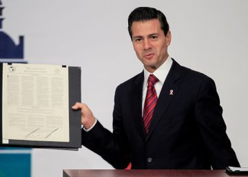 Peña Nieto se compromete a proteger la libertad y la vida de los periodistas mexicanos