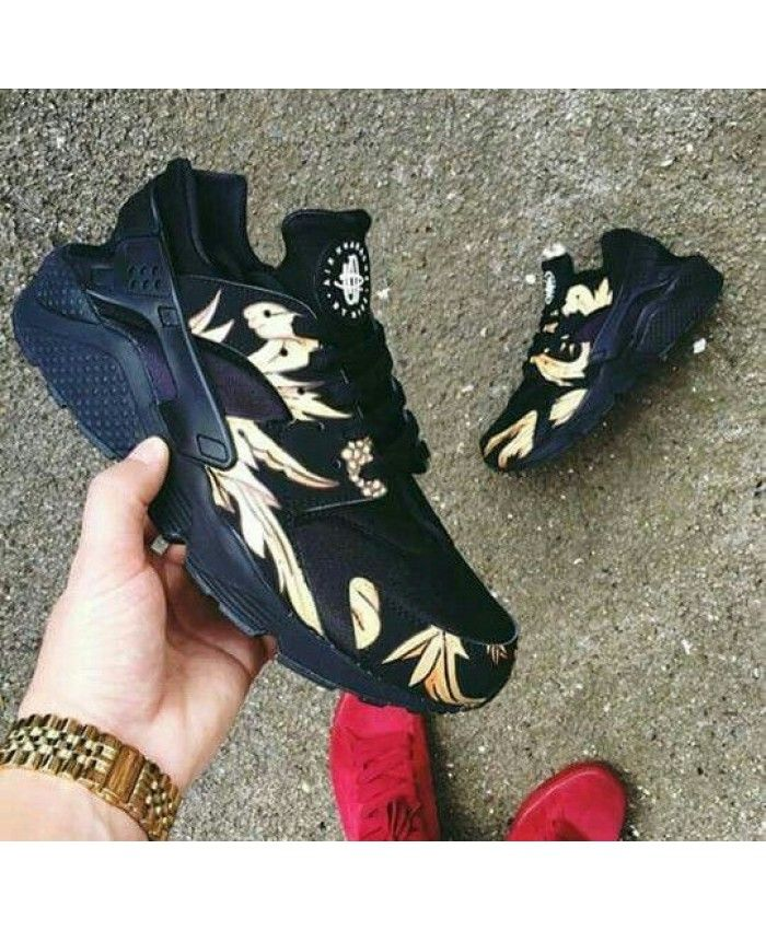 Nike Air Huarache Black Print Gold Trainer The quality is very light, the design is very color, very beautiful.