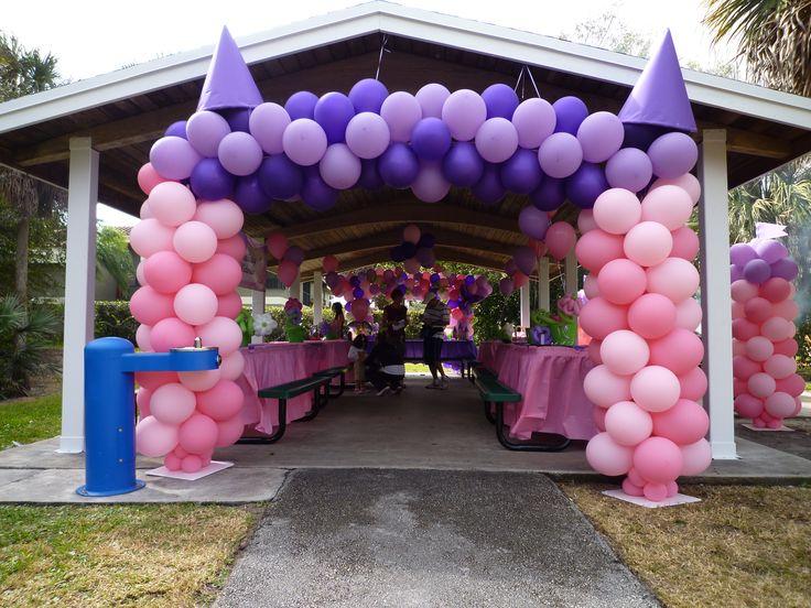 195 best images about princess balloons on pinterest for Amusement park decoration ideas