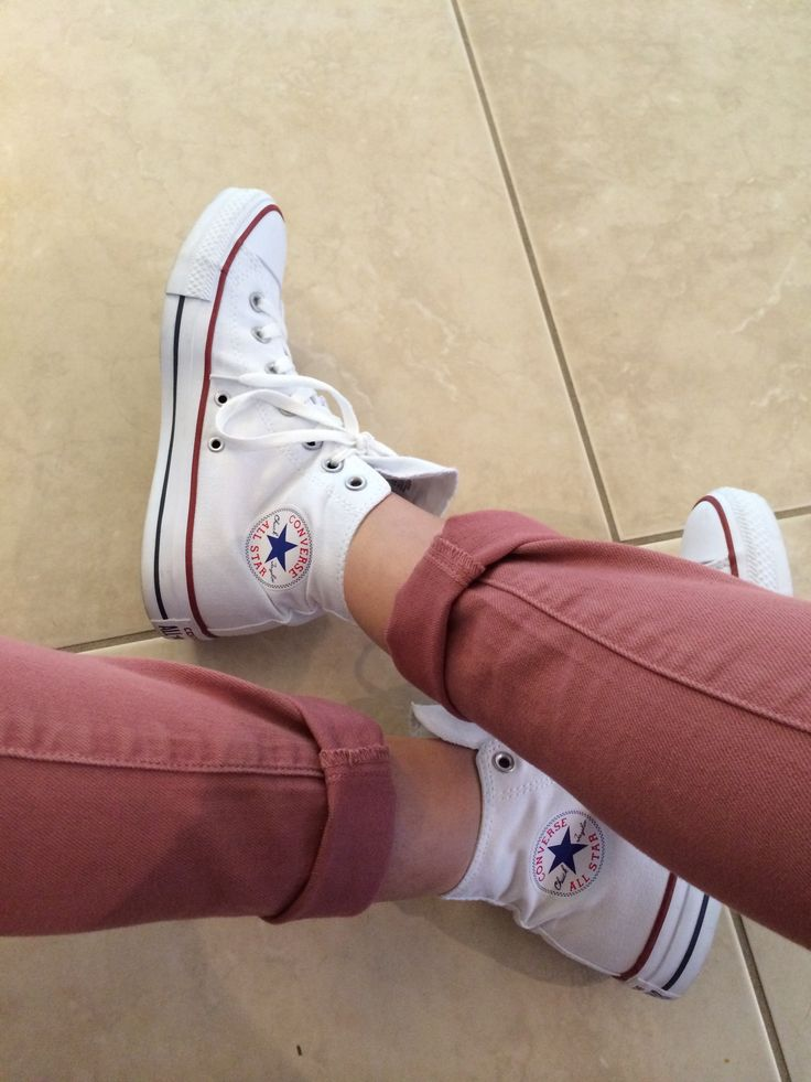 White high tops with pink jeans #converse