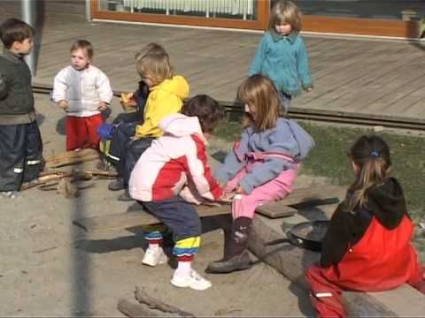 Kinder sich bewegen lassen