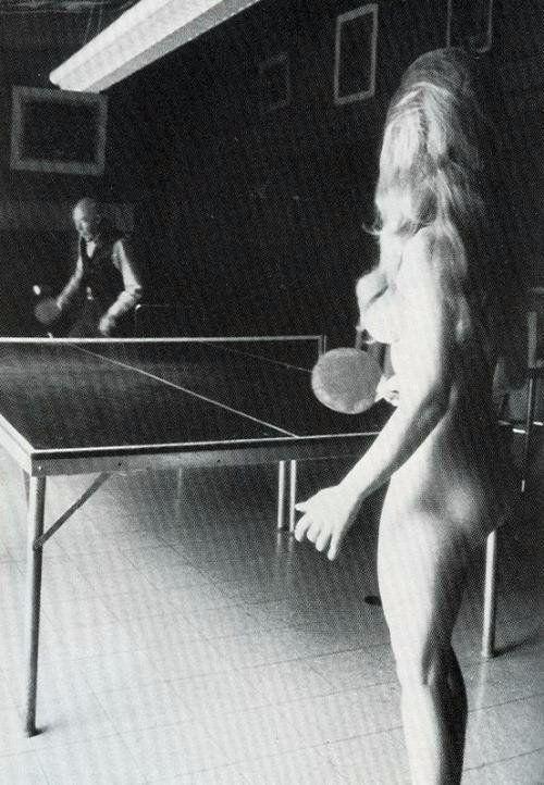 Писатель Генри Миллер с приятельницей, 1950-е
