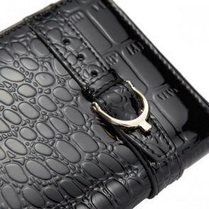 Portfel zasuwany krokodyli w kolorze czarnym