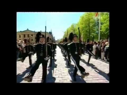 HMKG Drilltropp 2005 17 Mai Karl Johan - YouTube