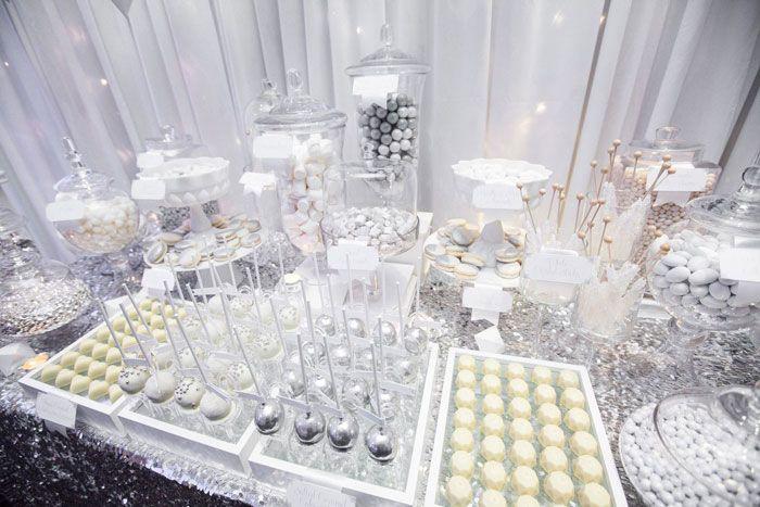 A Silver & White Wedding Wonderland