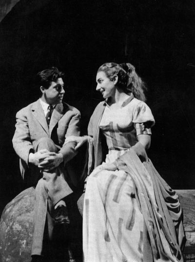 Salvatore Fiume with Maria Callas, who wears a costume designed by the artist.