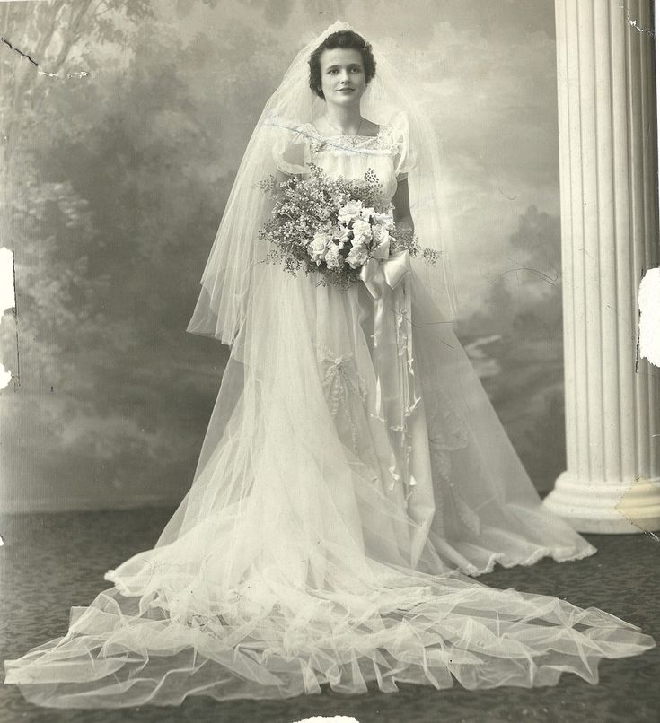 Detroit Wedding, c. 1930s  (if you know who she is, please click the link to help identify her)