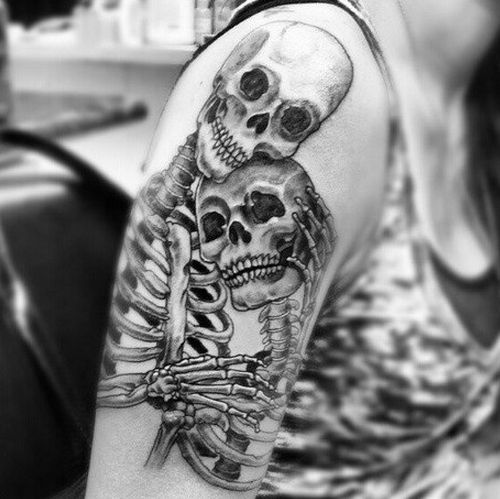 This is actually one I'm considering getting on the lower half of my leg. I love this so much!