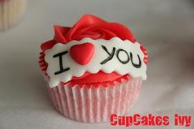 ❤ CupCakes Ivy ❤: Cupcakes Romáticos!! - Fresa ácida.