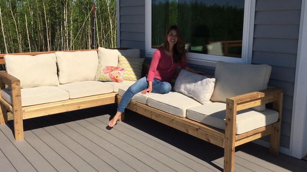 Outdoor Sofa Sectional Piece. Ana White does it again. See how she created this sectional to turn your outdoor sofa into a L-Shaped Couch!