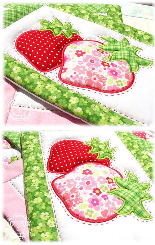 Der Stickbär | Designs und Inspiration Summer Mugrugs ITH mit plastischen Erdbeeren... so lecker!!!