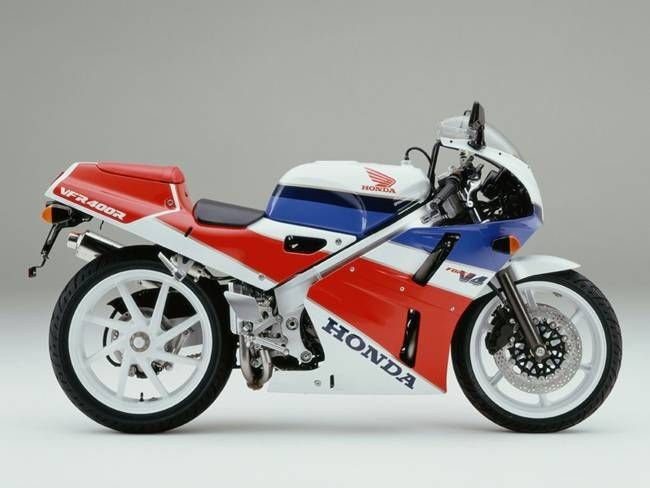 Honda VFR400R.  Loving that huge back wheel!