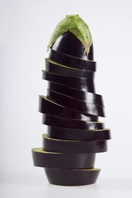 How to Bake Eggplant Slices With Olive Oil & Salt