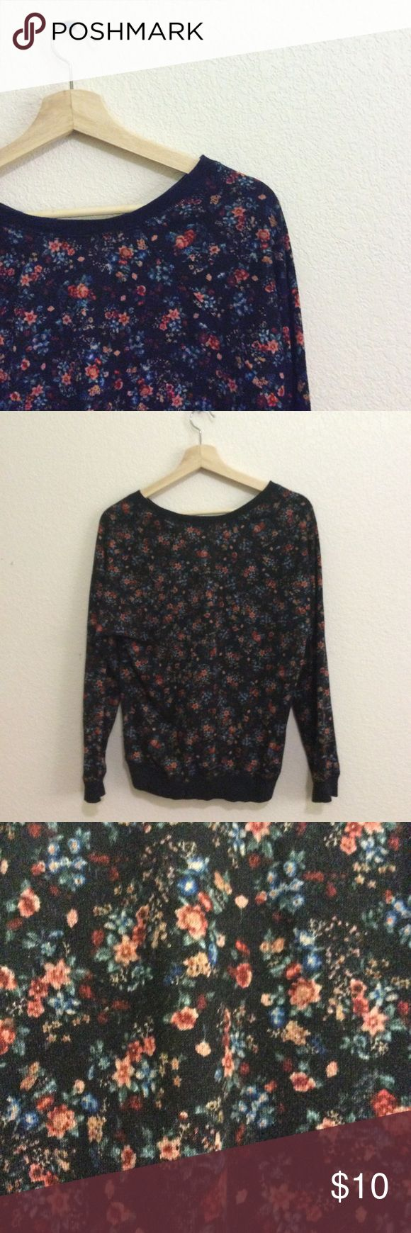 "Black dark floral jumper / sweater No interior tags but around a size medium/small. Not from forever 21! 🌸🌸 Note: My closet is open until July 15th! After July 15th, I will keep my items posted but ""not for sale"" until August after I move! Some items may be donated in this time, so if there's something you like, snatch it up quick 🌸🌸 Forever 21 Sweaters Crew & Scoop Necks"